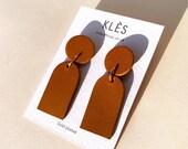 Handmade leather drop earrings ORANE - Tan / brown