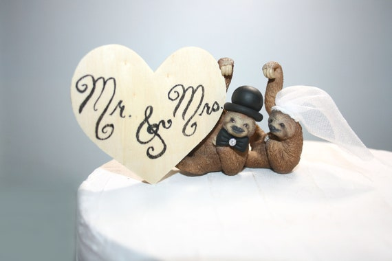 Sloth Cake Toppers Sloths Wedding Cake Toppers Animal Cake Toppers Sloth Decor; Wedding Decor; Cake Top; Top of the Cake; Mr and Mrs