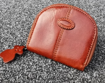 MumDad Gifts Triangular Money Pouch Handmade Leather Wallet Rich Red Full Grain Leather Gifts for HimHer Leather Coin Purse