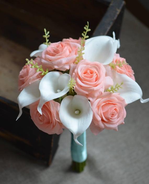 elefante solitario caja  Coral de damas de honor ramo rosas Coral luz marfil alcatraces | Etsy