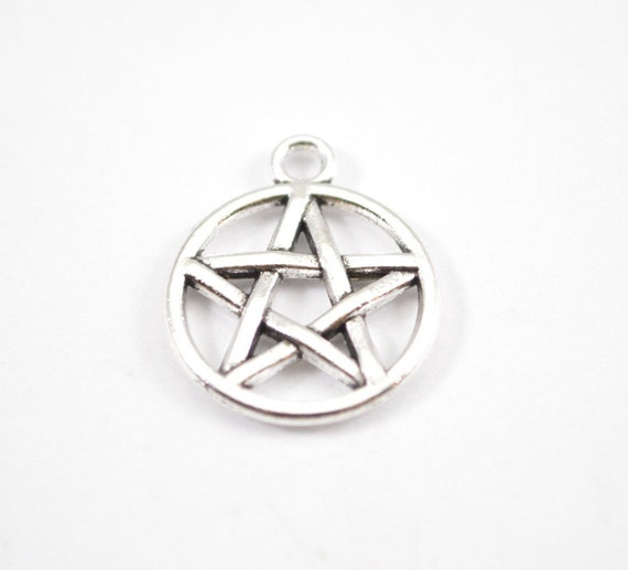 30Pcs Antique Silver Round Pentagram Pentacle Star Charms Pendants Jewelry Beads