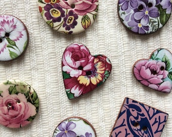 8 Floral Buttons, Floral Buttons, Ceramic Buttons, Garden Buttons, Rose Buttons, Sewing Project Buttons, Pink Floral Buttons.