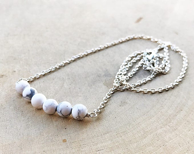 Howlite Necklace, White Crystal Jewelry, Healing Stone Beads, Silver Chain, Bohemian, Gifts For Her, Bridesmaid Gift, Handmade, Spiritual