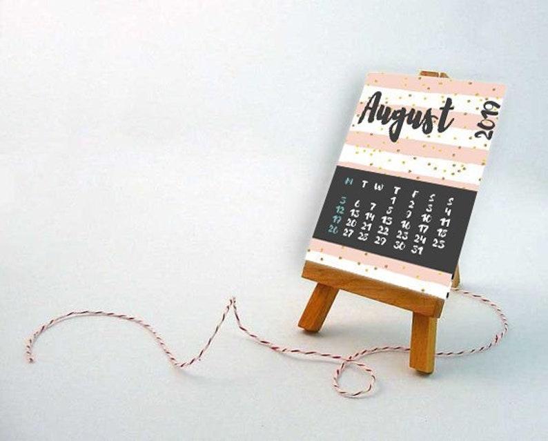 2019 calendar monthly printable  Date calendar with flower image 0