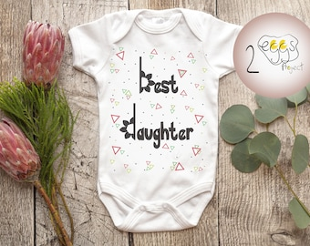 """Baby announcement onesie – Hipster baby girl onesie with quote """"Best daughter"""" makes cute new mom gift. Newborn baby girl coming home outfit"""