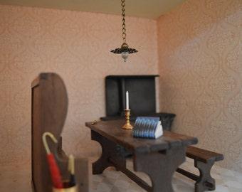 Antique style dolls house light 1:12 (L11)