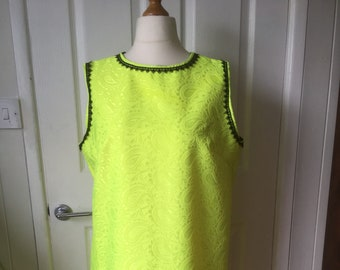 Hippy/60's/retro-mod green dress size 18