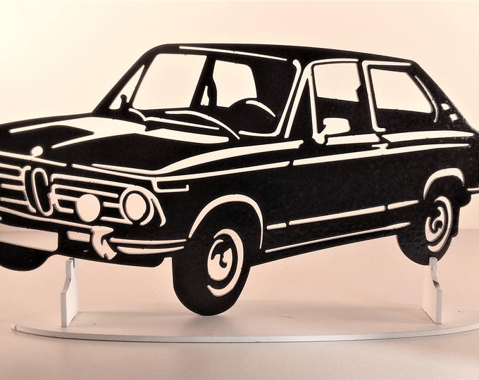 Plate teaches BMW 2002 TOURING steel hammered effect paint finish