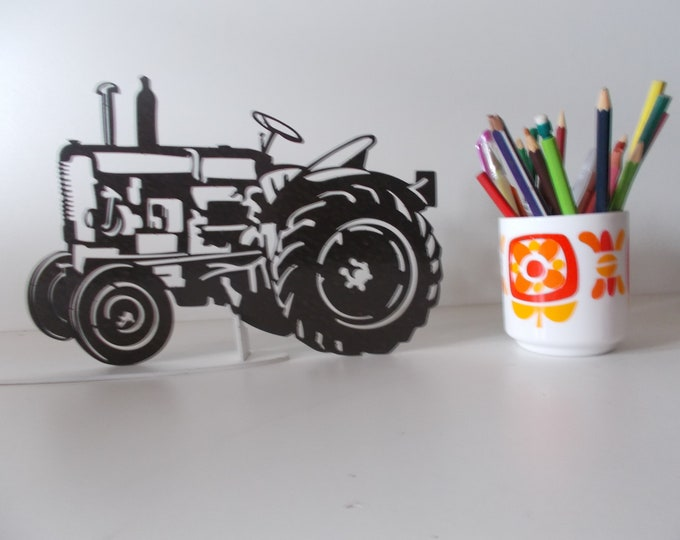 Plate name tractor vendeuvre