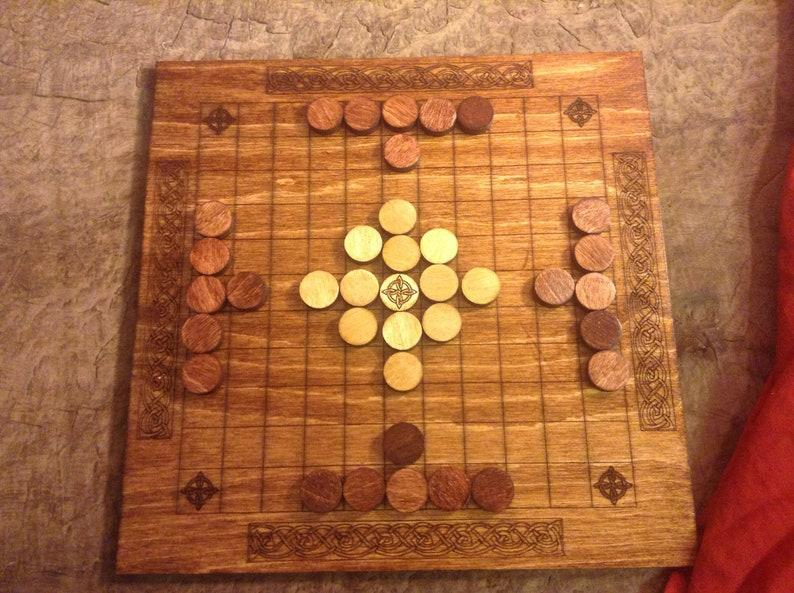 Hnefatafl Tafl Board Game image 0