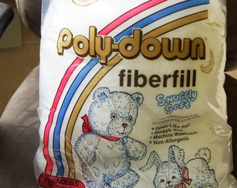 Great Buy - ONLY 5.95 Hobbs Poly-down FiberFill Snuggly Soft, Down-Like Feel Great for Puff Quilts & Toys!