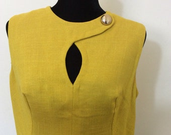 Mustard yellow vintage linen shift dress 1960's with peek a boo neck and side design pockets by Miss Chris of California fits size 8 - 10 US