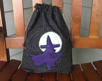 Witch with moon fabric gift bag/witch lovers gift/trick or treat bag/ drawstring bag for kids or adults sustainable gifting/9.5 x 12