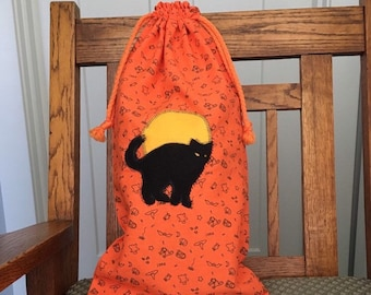 Halloween bag with black cat & moon applique for trick-or- treat, fabric gift bags, reusable large gift bag 10.5 x 20, drawstring gift bag