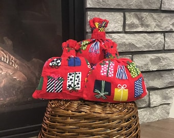 Red flannel Christmas fabric reusable gift wrap bags, set of 3 cloth gift bags, zero waste gifts for holiday presents, retro festive print