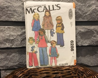 Toddlers pattern makes dress or blouse and jumper or top, vintage McCalls 6286 Size 2 from 1978, darling ruffled neck and patch pockets