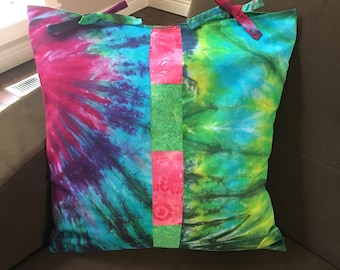 Rainbow tie dye pillow cover 18 x 18 accent pillow made with hand tie dye batik cotton fabric pieced design, throw pillow cushion cover