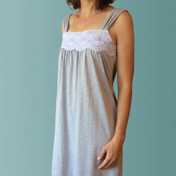 on sale 0c172 af3d8 Daydream grau Bio-Baumwolle Nachthemd mit Spitze Trim