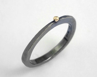 A simple oxidized silver ring with a studded gold granule, Hammered ring, Black ring, Gift for her, Gift for daughter, Granule ring.