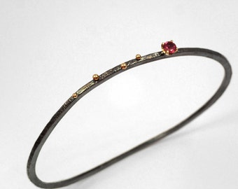 Pink tourmaline bracelet of oxidized silver, Gold silver bangle bracelet with studded gold granules, Hammered bangle bracelet, Gift for her.