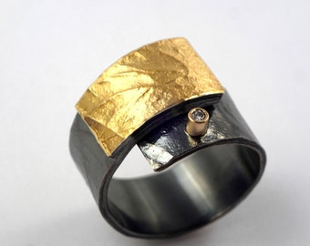 Wide band gold and oxidized silver wrap ring decorated with a small diamond, Two tone ring, Hammered ring, Textured ring, Gift for her.
