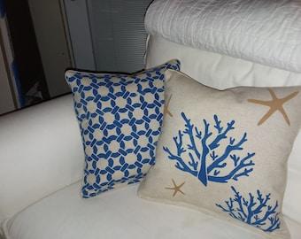 Linen Beachy pillows , Tan , white pillows. 18x18 with zipper