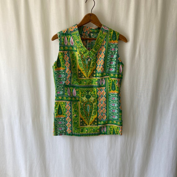 late 60s/early 70s handmade sleeveless button back