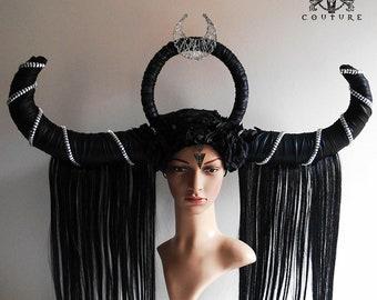 READY TO SHIP, Gothic headpiece, horned headpiece, black horns, Triple Goddess, lunar priestess, Artemis, Moon, headdress