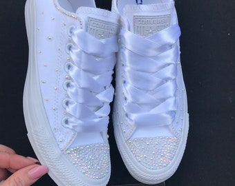 ab7af38ee193 Wedding bridal customised mono converse
