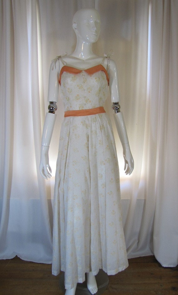1970's Gunne Sax Style White and Peach Floral Maxi