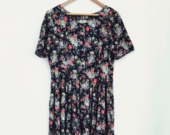Laura Ashley Beautiful Floral Dress