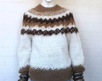 Vintage Alpaca Knitted Wool Sweater / 70s Fair Isle Festival Hippie Ethnic Boho Jumper Pullover