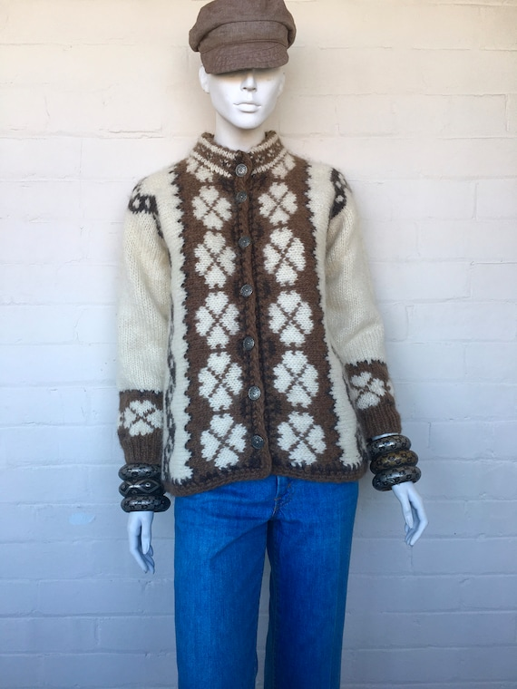 Vintage 70s Oversized Chunky Wool Knit Cardigan