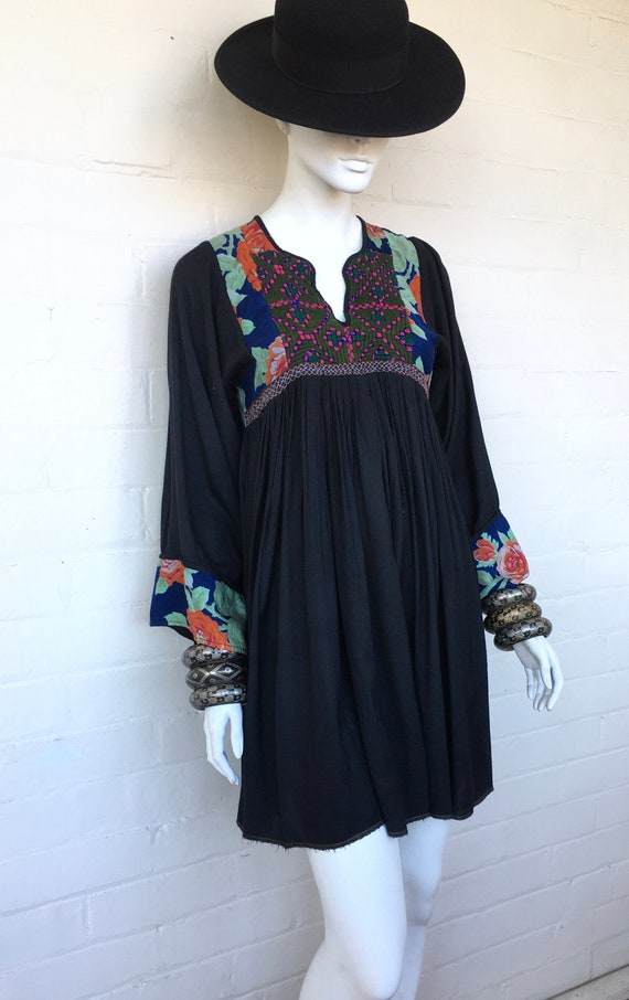 Vintage 70's Embroidered Afghan Tribal Gypsy Cotto