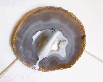 Modern wall decor - Agate Wall Mount - Wall hook - cover exposed screws and nails