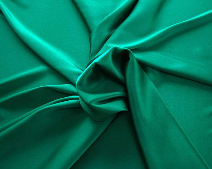 1713-082-crepe Satin Silk 97%, 6 Lycra, 135 cm wide, made in Italy, dry washing, weight 100 gr, price 0.25 meters: 14.72 Euros
