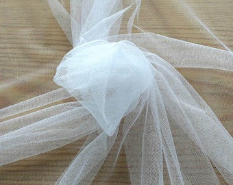 Made in Italy,470002-tulle, natural silk 100%, width 180 cm, made in Italy, dry wash, weight 24 gr, price 0.25 meters: 15.02 Euros
