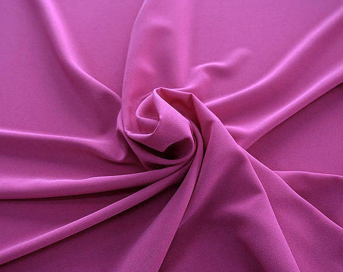 905139-Crepe 100% Polyester, 150 cm wide, made in Italy, dry washing, weight 306 gr, Price 0.25 meters: 8.14 Euros
