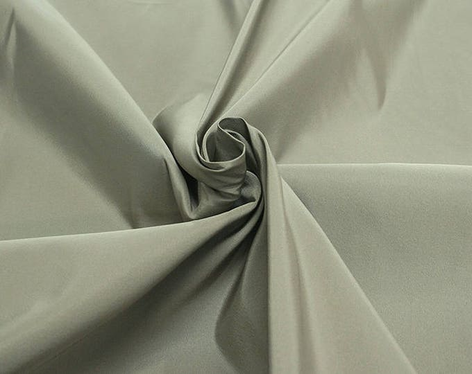 885016-fault, natural silk 100%, wide 135/140 cm, made in Italy, dry washing, weight 154 gr, Price 0.25 meters: 27.23 Euros