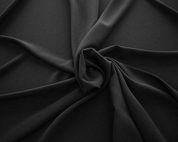 905201-Crepe 100% Polyester, 150 cm wide, made in Italy, dry washing, weight 306 gr, Price 0.25 meters: 8.14 Euros