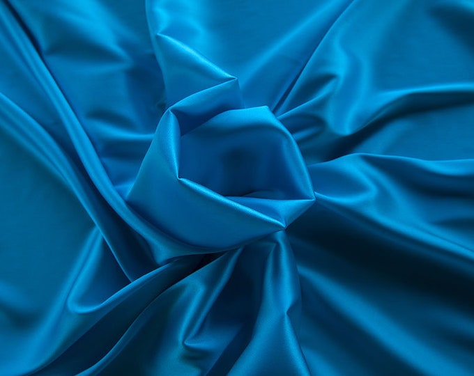 1713-143-crepe Satin Silk 97%, 6 Lycra, 135 cm wide, made in Italy, dry washing, weight 100 gr, price 0.25 meters: 14.72 Euros
