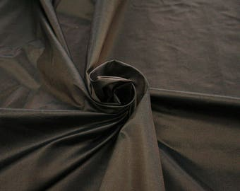442115-dresses Natural silk 100%, wide 135/140 cm, made in India, dry cleaning, Weight 102 gr, price 1 meter: 43.14 Euros