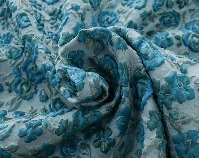 990082-150 JACQUARD-Pl 67%, Pa 18, Se 15, width 130 cm, made in Italy, dry wash, weight 221 gr, price 0.25 meters: 24.88 Euros