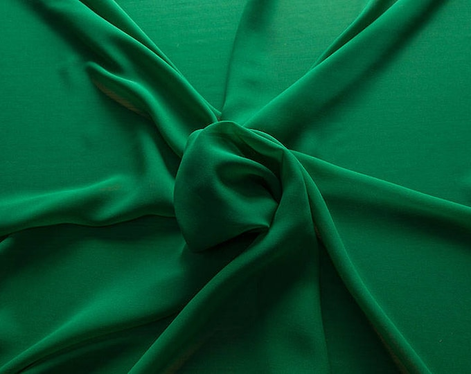 1716-082-natural Silk Georgette 100%, wide 135/140 cm, made in Italy, dry cleaning, weight 60 gr, price 1 meter: 42.35 Euros