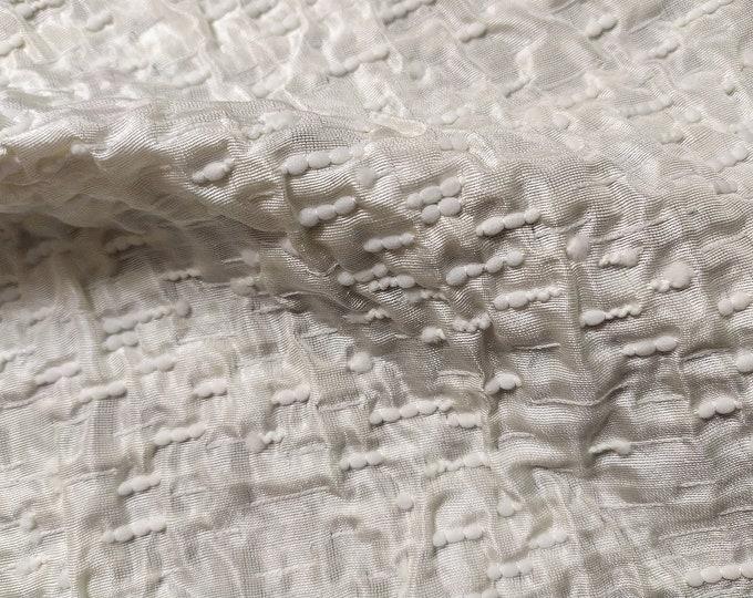 Jacquard, 220 gr/MTL-55% silk, 45 Nylon, width 138 cm, made in Italy, price 10 meters: 877.30 Euros (87.73 Euros per meter)
