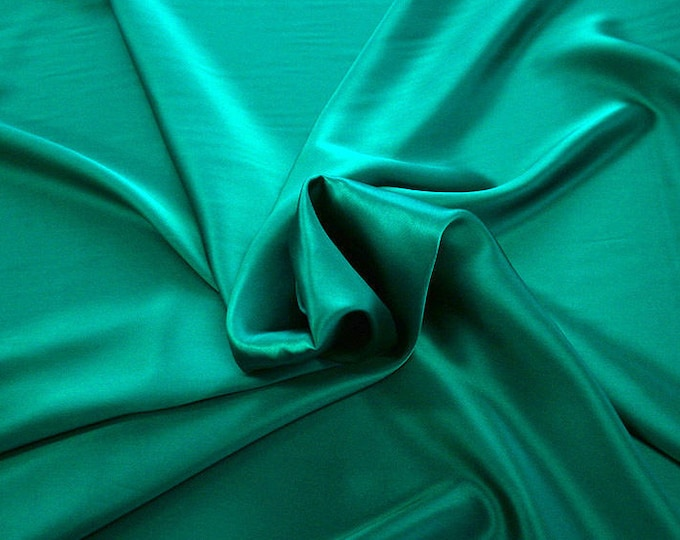 1712-079-Crepe Satin, natural silk 100%, wide 135/140 cm, dry wash, weight 100 gr, price 0.25 meters: 14.72 Euros