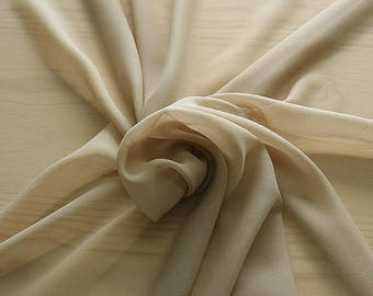 316009-natural Silk Georgette 100%, wide 135/140 cm, made in Italy, dry cleaning, weight 50 gr, price 1 meter: 36.30 Euros