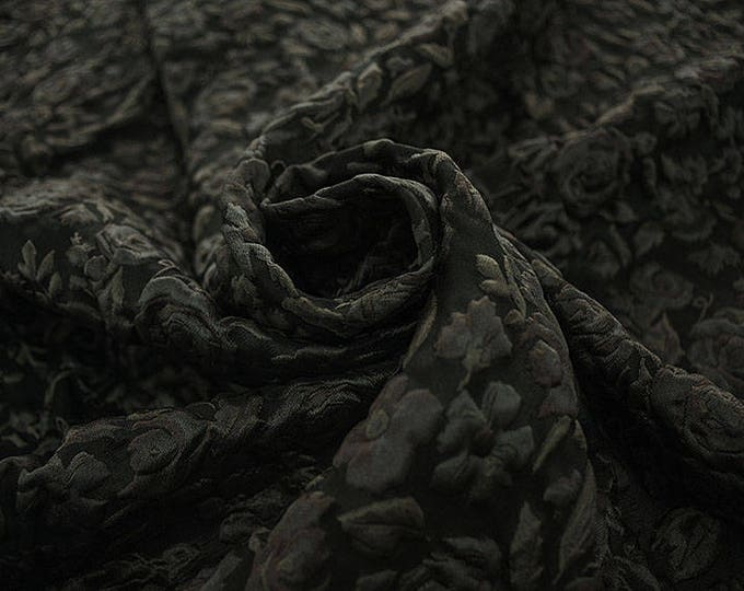 990082-203 JACQUARD-Pl 67%, Pa 18, Se 15, width 130 cm, made in Italy, dry wash, weight 221 gr, price 0.25 meters: 24.88 Euros