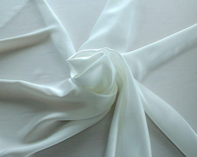 1712-002-Crepe Satin, natural silk 100%, wide 135/140 cm, dry wash, weight 100 gr, price 0.25 meters: 14.72 Euros