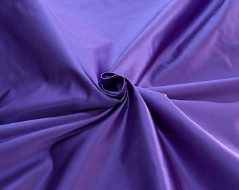 876217-satin, natural silk 100%, wide 135/140 cm, made in Italy, dry wash, weight 190 gr, price 0.25 meters: 31.69 Euros
